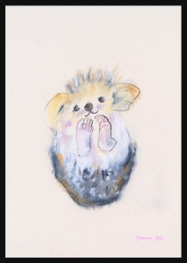 En pinnsvinunge håndtegnet med rolige pastellfarger, av kunstner Marianne Aulie. Poster i en svart ramme.