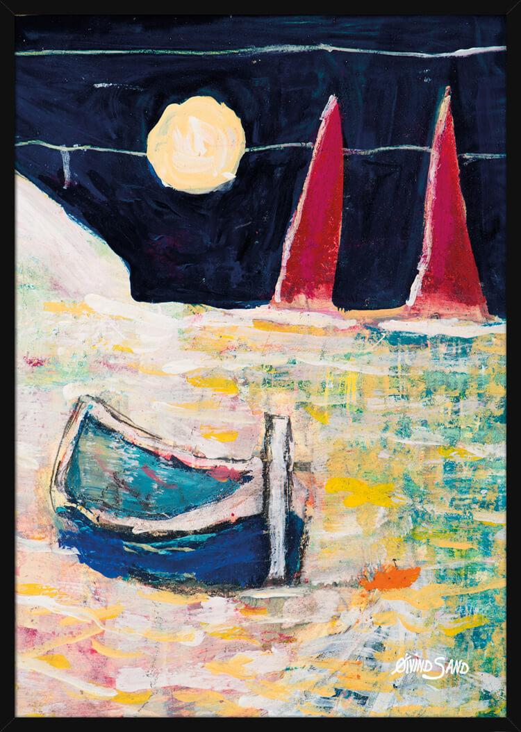 [nb] Pastellfarger på havet, en båt med to seil i måneskinns, av kunstneren Øivind Sand. Poster i en svart ramme.